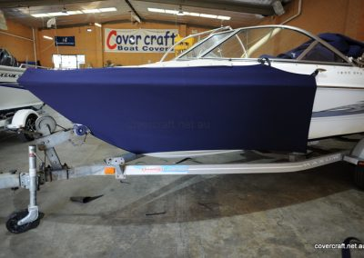 maxum-boat-bra